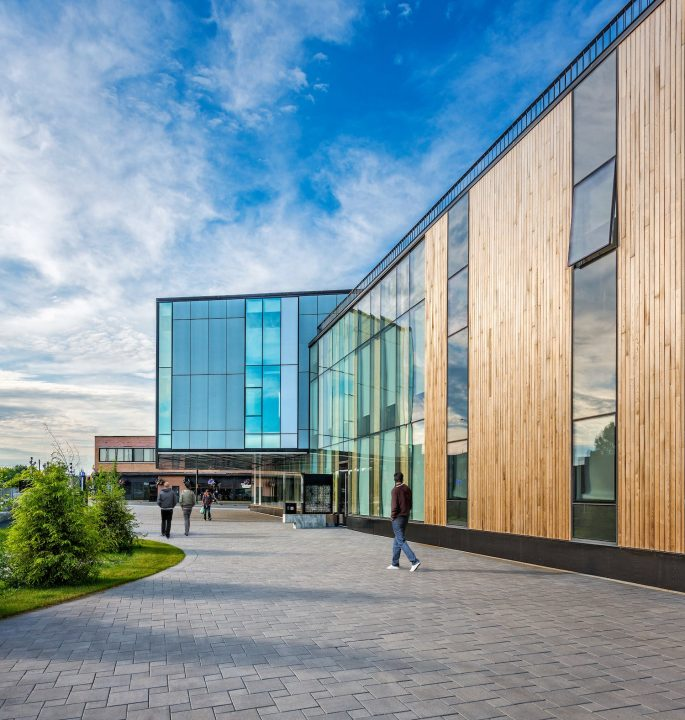 Photograph pf the exterior of the McEwen School of Architecture from the ground